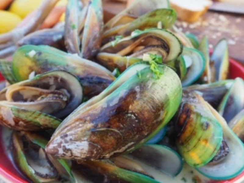 Greenshell mussels in cider