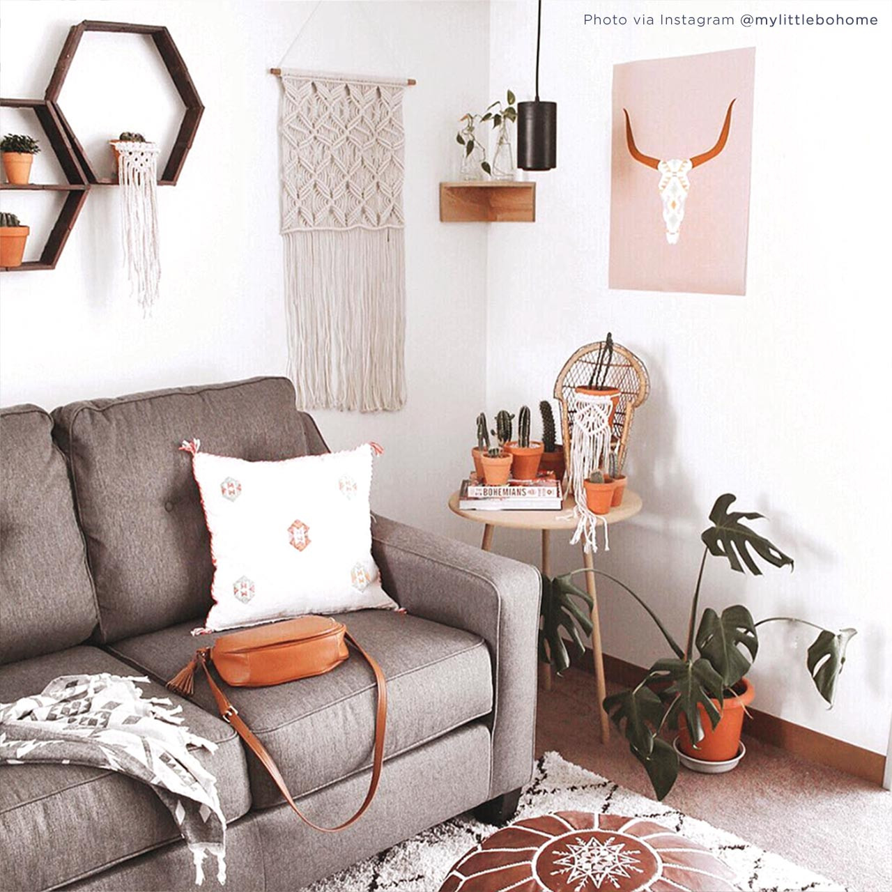 'Longhorn Skull' Art Poster in Pink from The Printed Home. Photo credit: Maddie @mylittlebohome via Instagram