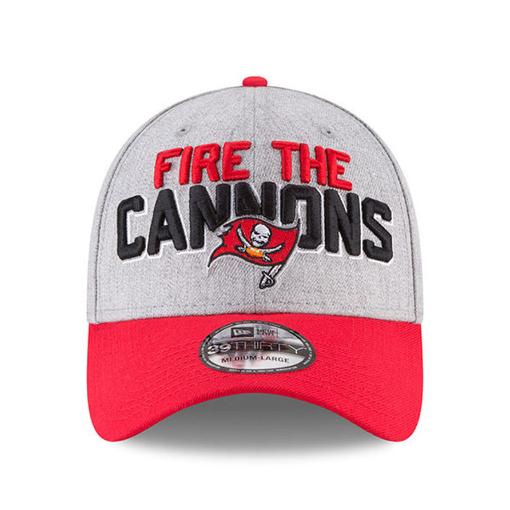 Men's Tampa Bay Buccaneers New Era Fire The Cannons On-Stage 39THIRTY Flex Hat
