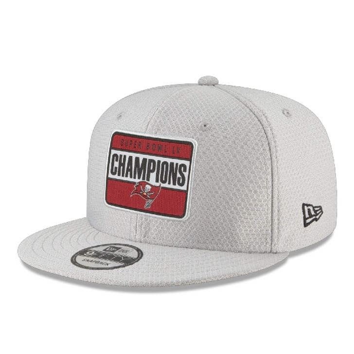 Tampa Bay Buccaneers Super Bowl LV Champions Champions Parade Adjustable 9FIFTY Snapback Hat