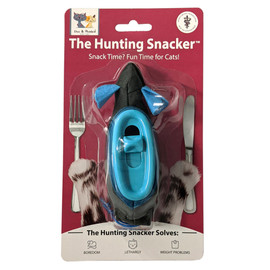 Doc & Phoebe's Indoor Hunting Cat Snacker Cat Toy