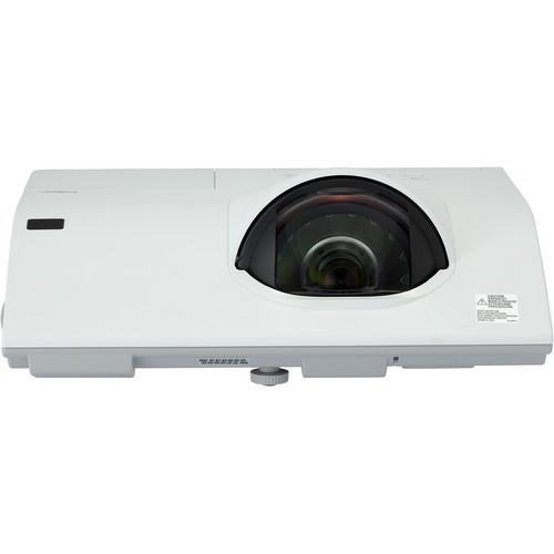 Hitachi CP-BX301WN 3200-Lumen XGA Short-Throw LCD Projector