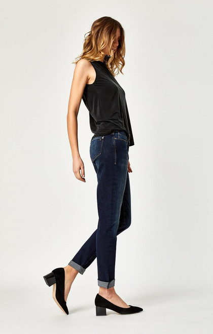 Ada Boyfriend Jeans in Indigo Brushed Tribecca