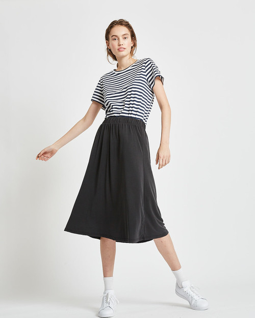Regisse Midi Skirt Black