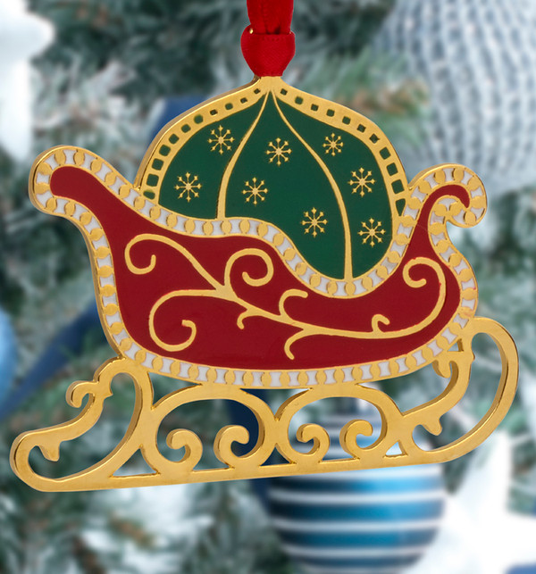 Wallace 2021 Wonders of Christmas Ornament Gold Plated and Enamel