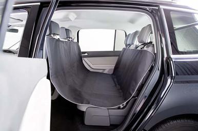 Bilskydd för baksäte