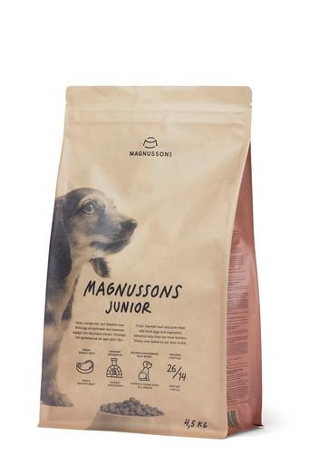 Junior, Hundfoder