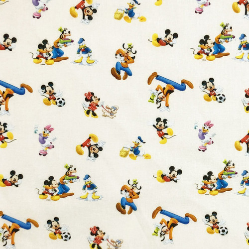Chatham Glyn Disney Mickey & Minnie Mouse With Friends Daisy Duck Goofy White 100% Cotton (Mickey & Friends)