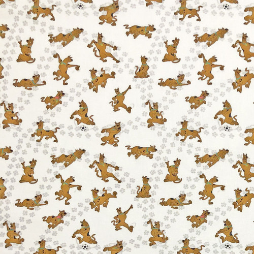 Chatham Glyn Scooby Doo Playing Football on White 100% Cotton Remnant (84 x  140cm Scooby Doo 5)