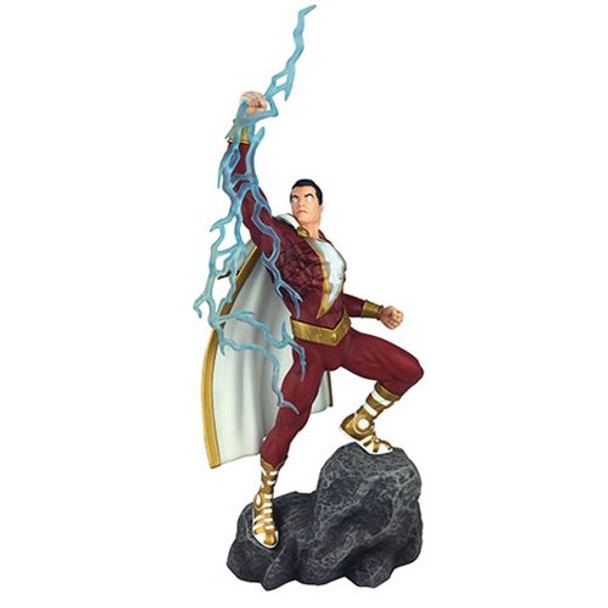 DC Comics Gallery Shazam PVC Statue