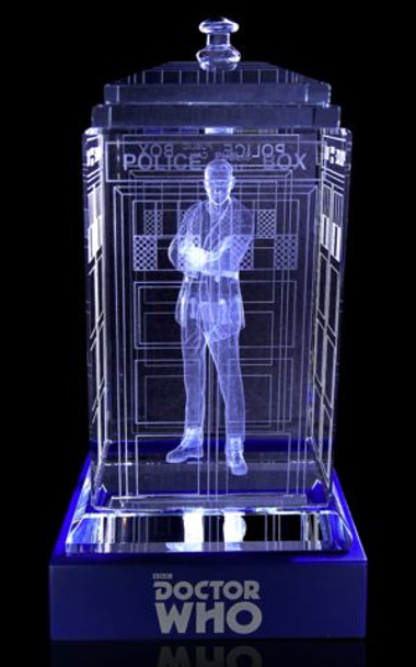 9th Doctor (Christopher Eccleston) Crystal TARDIS - Doctor Who