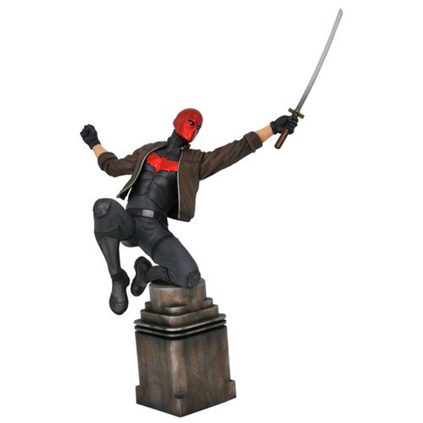 DC Gallery Comic Red Hood Statue
