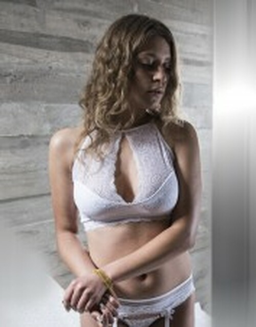 High-neck White Bralette With Lace 1