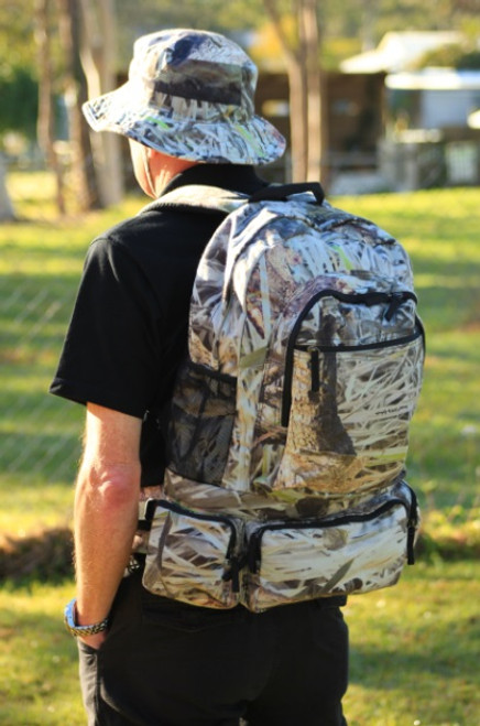 """Max-Hunter """"Walkabout"""" Camo 2-in-1 Backpack"""