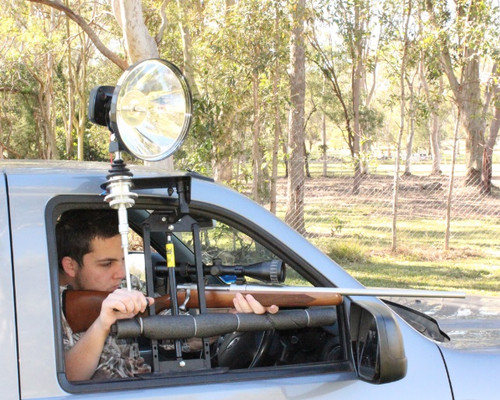 Max-Lume Window Remote Spotlight Mount Package with 150mm HID Spotlight, Rifle Rest & Folding Handle