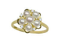 White Pearls Flower Ring in 18ct Yellow Gold