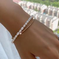 Lilly Dainty Pearl Bracelet