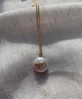bumblebee baroque pearl pendant