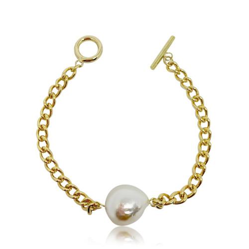 White Baroque Pearl on Gold Chain Bracelet