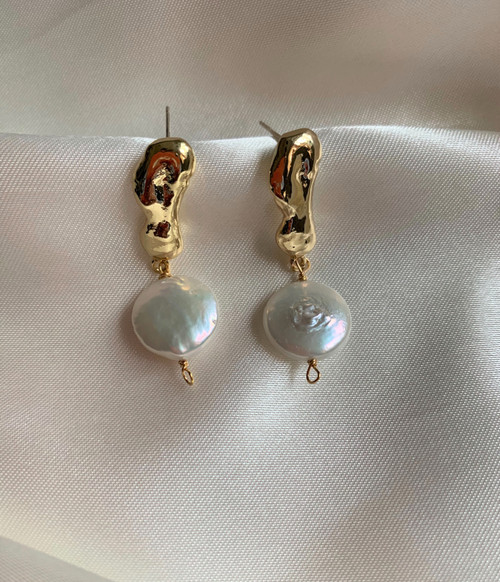 coin pearl gold earrings