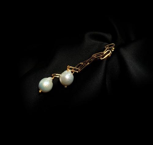Trinity Link Chain Baroque Pearl Earrings