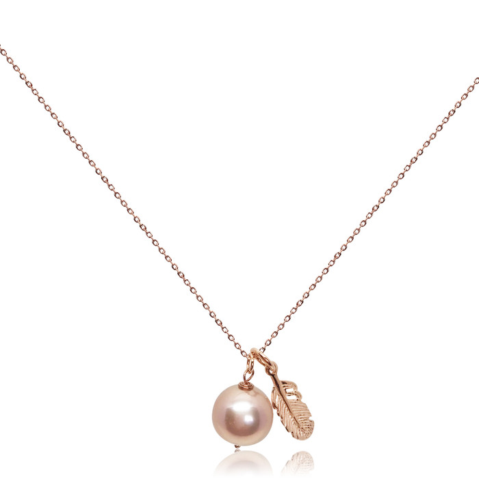 Lustrous Rose Pearl Pendant with Feather Charm