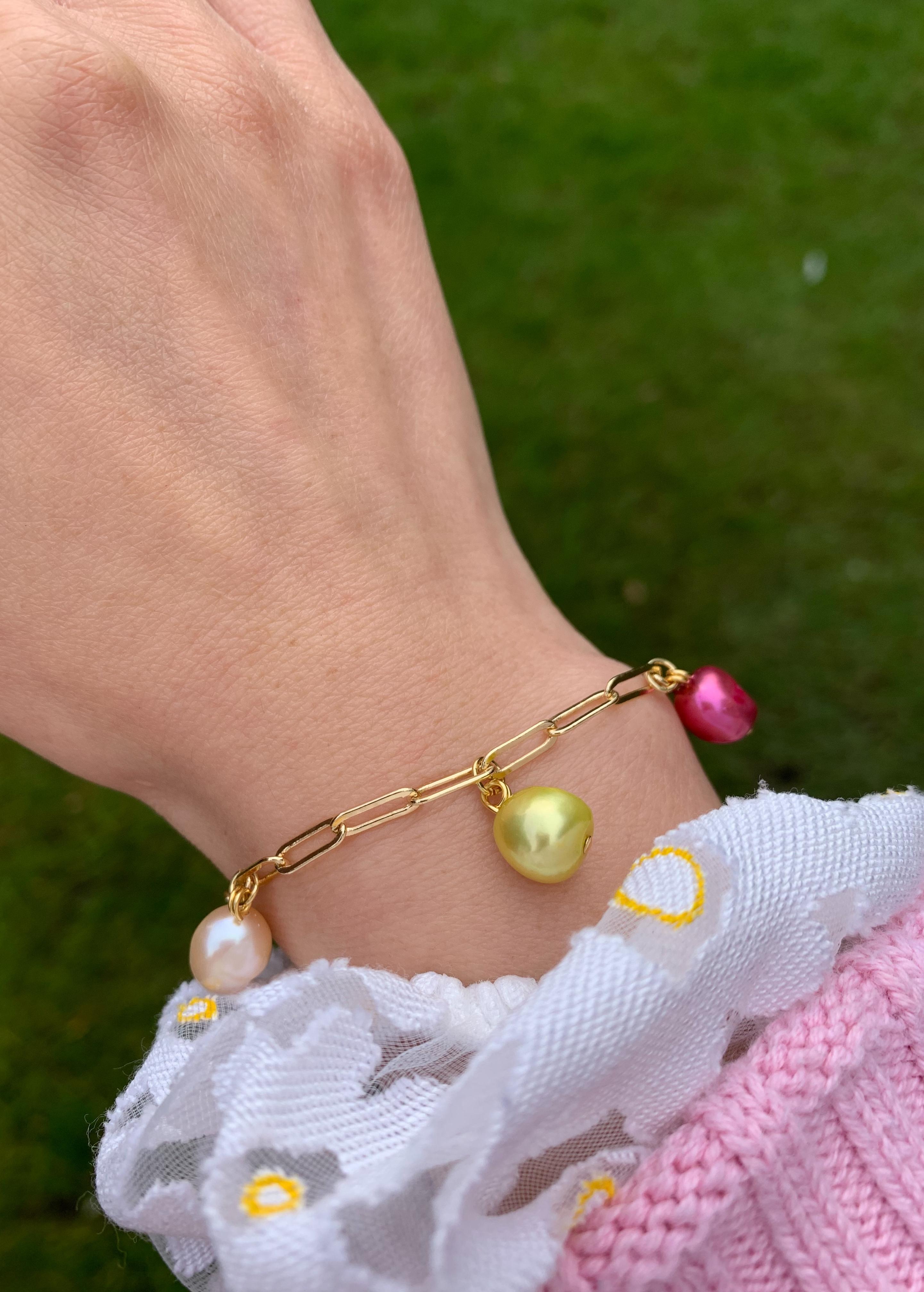 coloured-pearl-chain-bracelet1.jpg