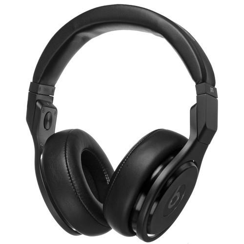 Beats by Dr. Dre Pro - High-Performance Studio Headphones (Blackout)