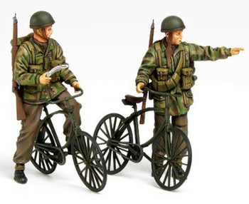 Tamiya - 35333 1/35 British Paratroopers Set w/Bicylcles