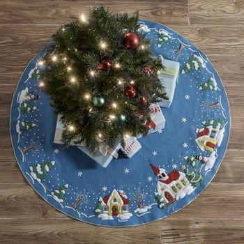 "Bucilla Felt Tree Skirt Applique Kit 43"" Round Christmas Village"