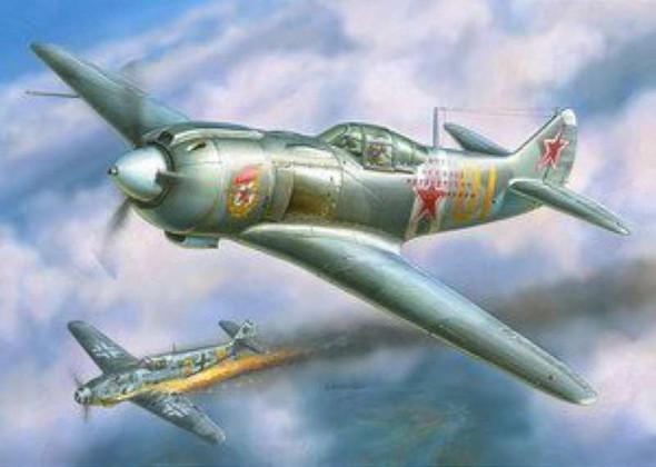 Airplane Model Kit - Lavochkin La-5FN Soviet Fighter- 1:48 -Zvezda
