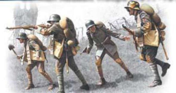 German Assault Troops 1917-18 (4) -- Plastic Model Military Figure -- 1/35 Scale -- #35291