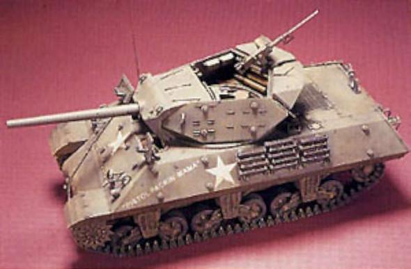 AFV Club M10 Tank Destroyer -- Plastic Model Tank Destroyer Kit --