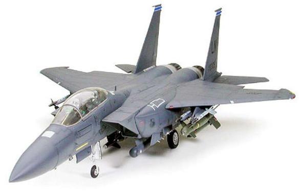 Tamiya - 60312 1/32 USAF F-15E Strike Eagle w/Bunker Buster