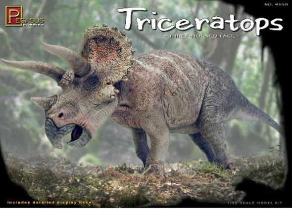 Pegasus Hobby 1/32 Triceratops PGH9550