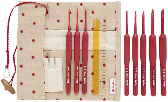 Tulip Etimo Red Crochet Hook W/ Cushion Grip Set
