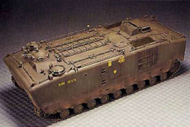 AFV Club 35022 USMC Vietnam LVTP5A1 Battlefield Bus 1/35 Scale Plastic Model Kit