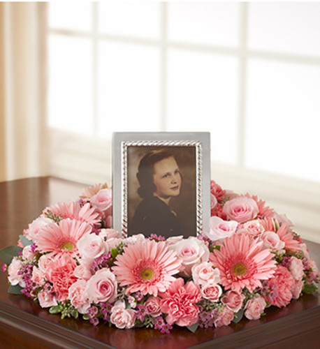 Shades of Pink Picture Memorial Wreath