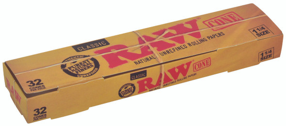 RAW Classic Pre-Rolled Cone 1-1/4 32 Pack