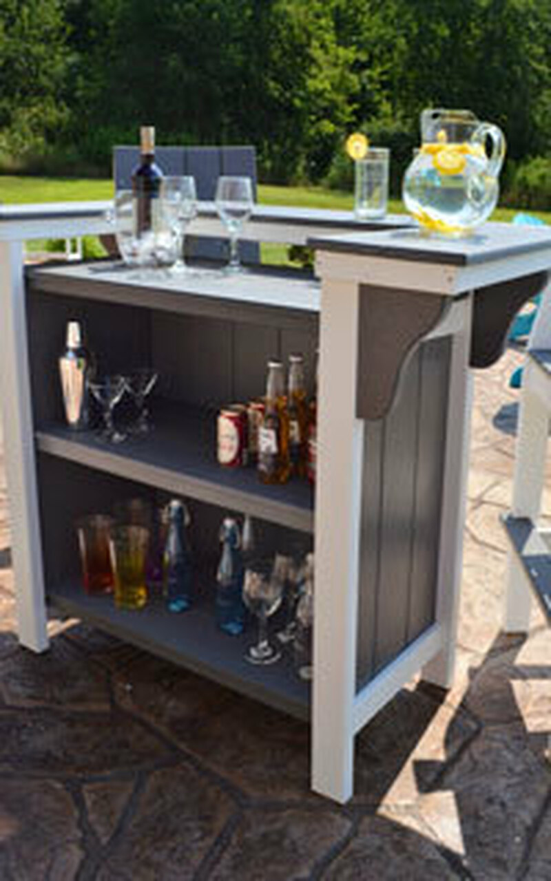 Outdoor Hostess & Waitress Stations