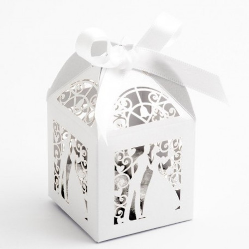 Filigree Bride and Groom White Favor Boxes (10)