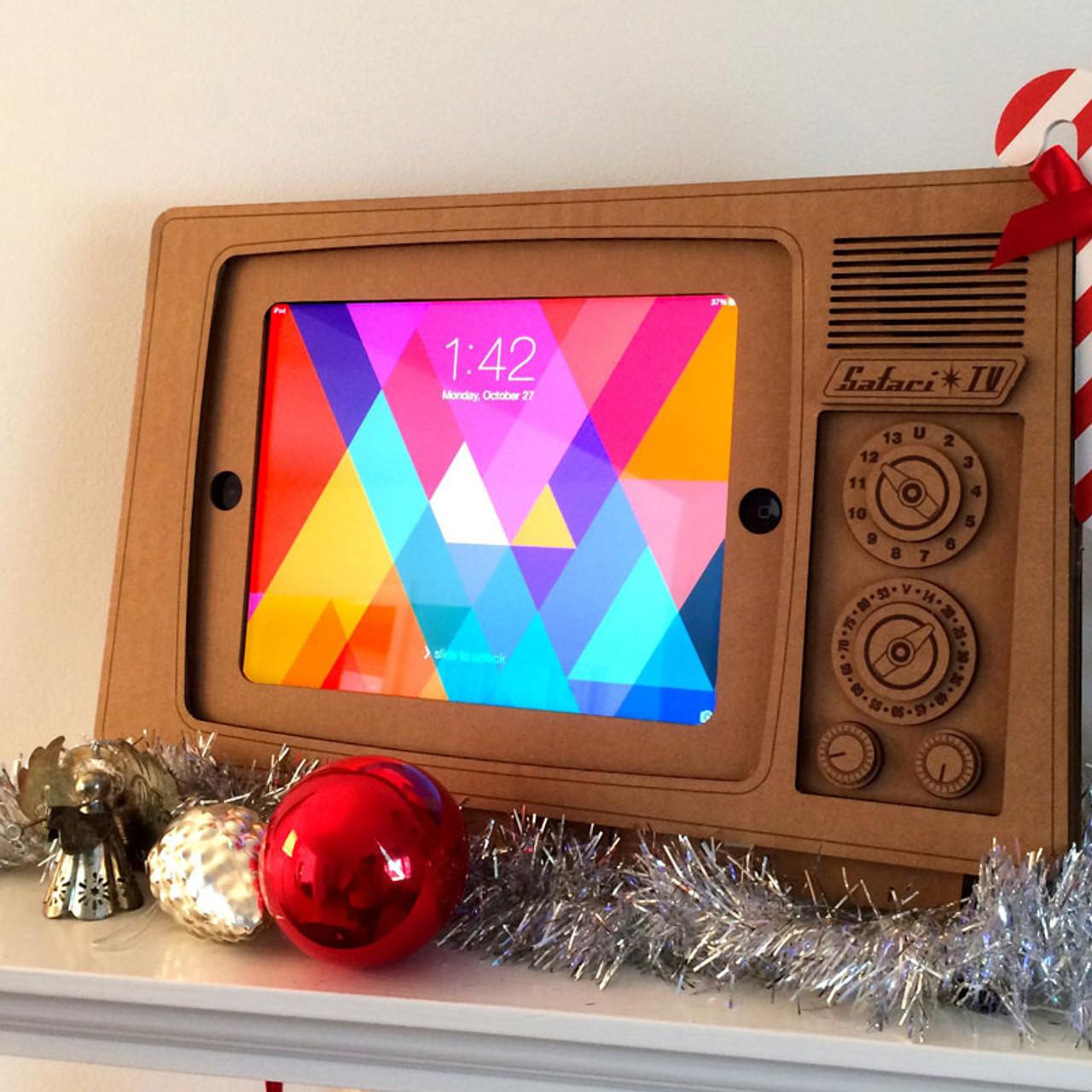 iPad Retro Television Stand