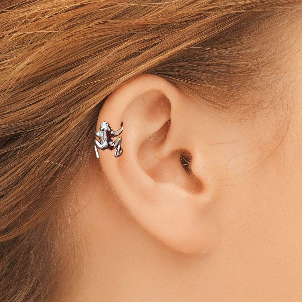 Huggy Tiny Tree Frog Ear Cuff