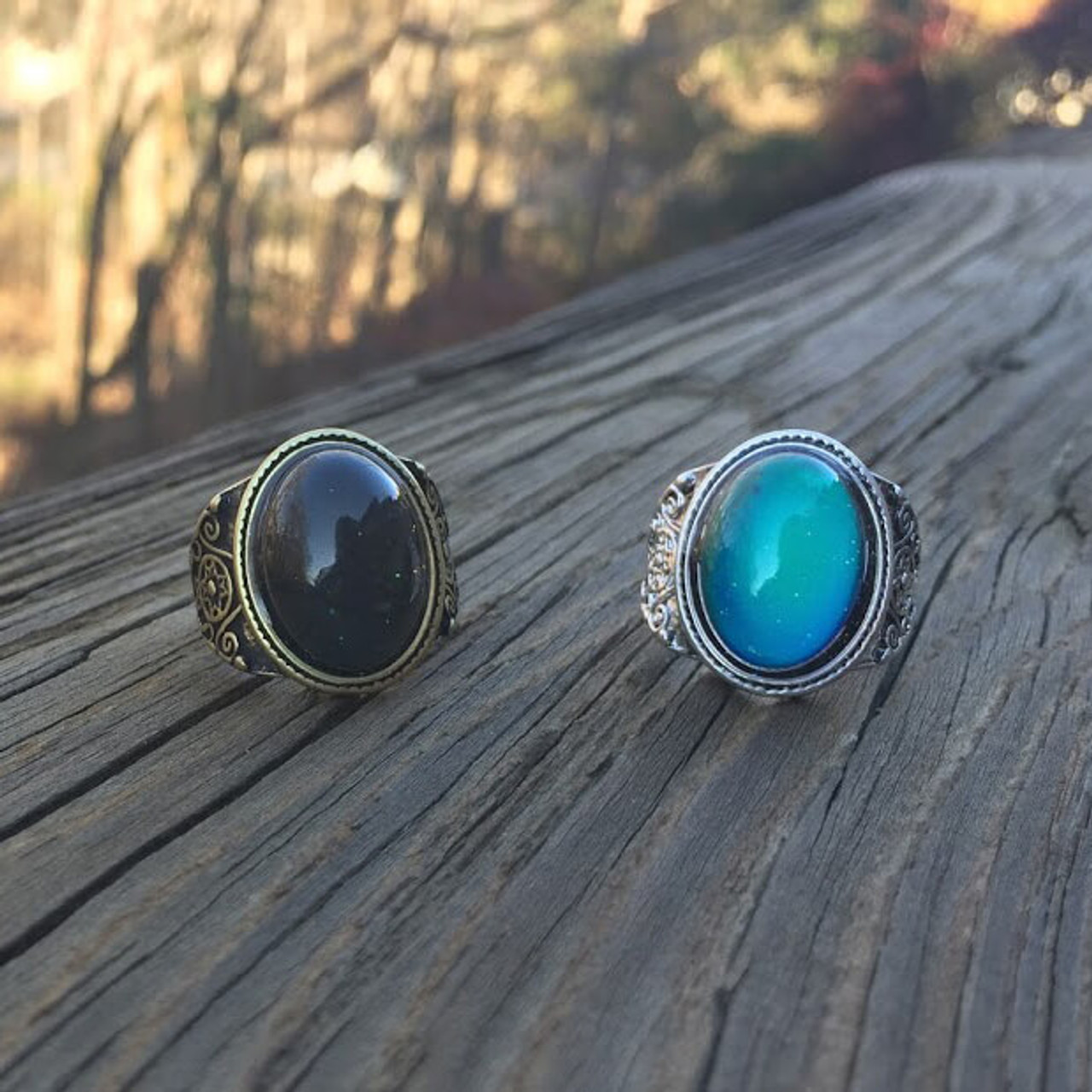 VINTAGE STYLE MOOD RING