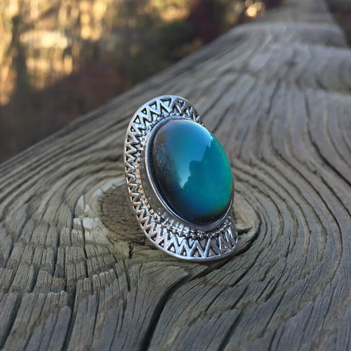 ANTIQUE MOOD RING