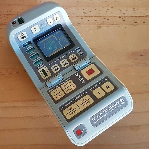 Light-and-Sound Tricorder