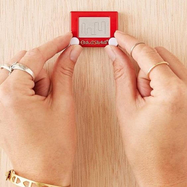 Official World's Smallest Etch-A-Sketch