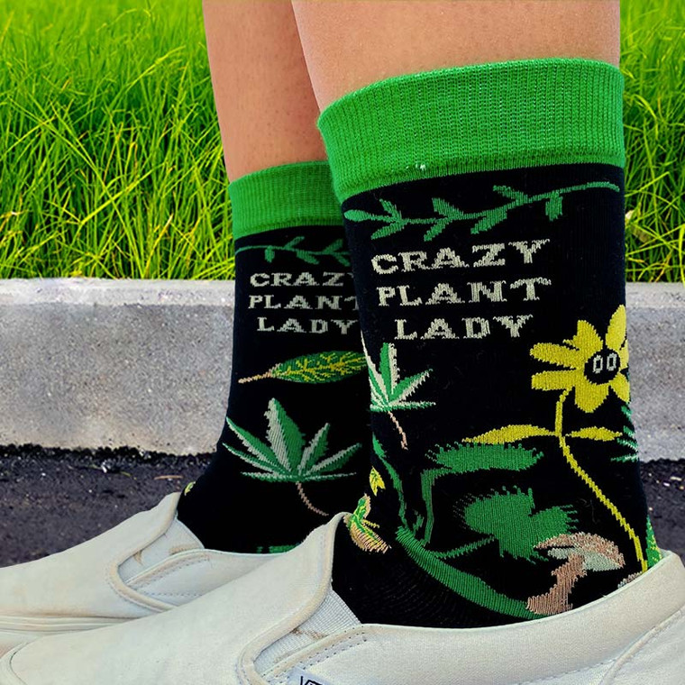 Adorned with trippin' daisies, psychedelic mushrooms, Venus fly traps, and a wacky weed or two!