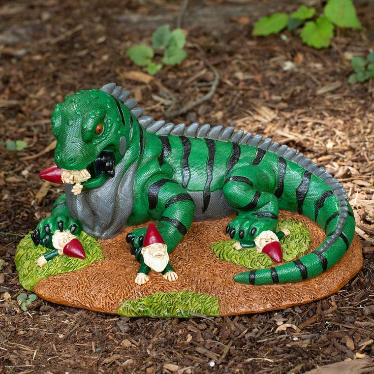 Iguana Attacking Gnome