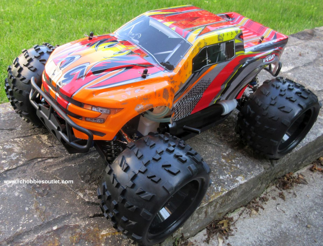 RC Nitro RC Truck 1/8 Scale  Savagery 4.25cc Engine  4WD  2.4G 97092